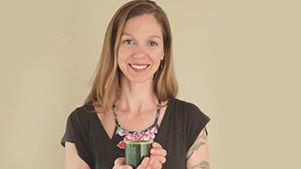 Summer Greenlees, holding healthy superfood drink